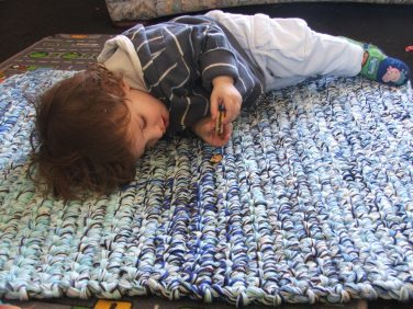 extreme crochet rug
