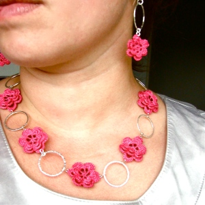 Crochet Flowers Necklace