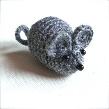 amigurumi mouse