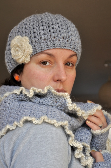 crochet beret, shawl and fingerless mittens in grey