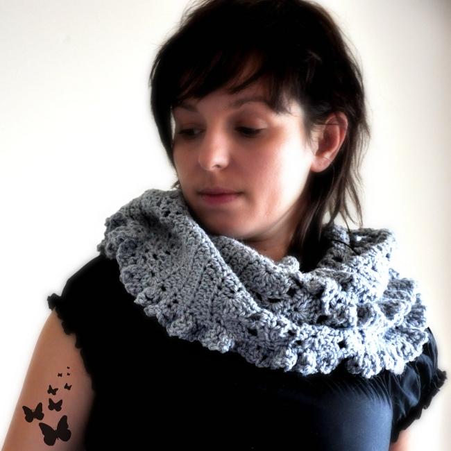 crochet cowl moebius infinity shawl