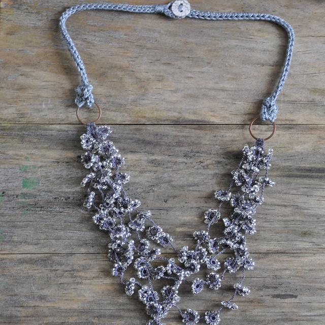 flower fall crochet necklace