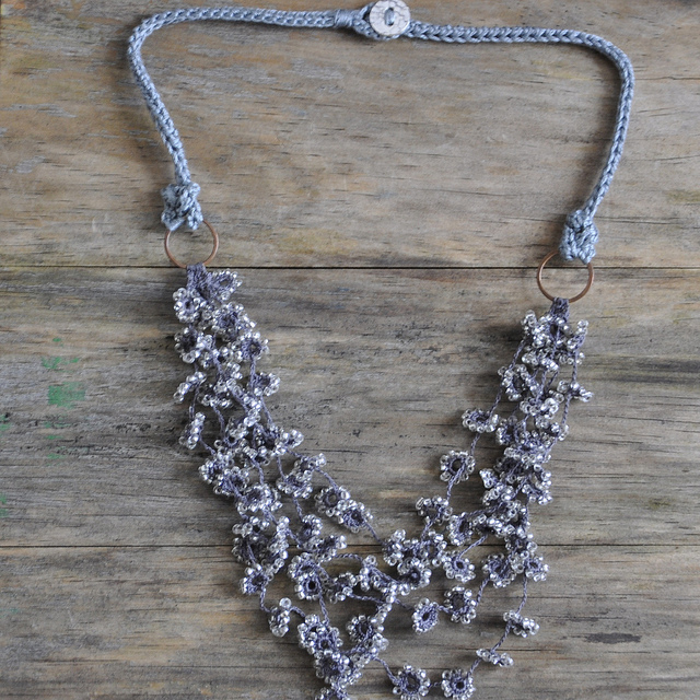 flower fall crochet necklace